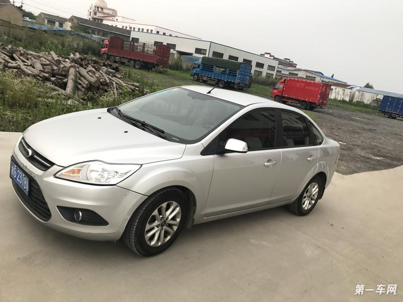 福特福克斯 2013款 1.8L 手动 轿车 经典基本型 (国Ⅳ)