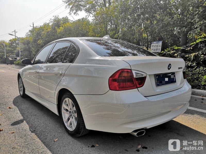 宝马3系 320i 2008款 2.0l 自动 汽油 时尚型银色内饰 (国Ⅲ)
