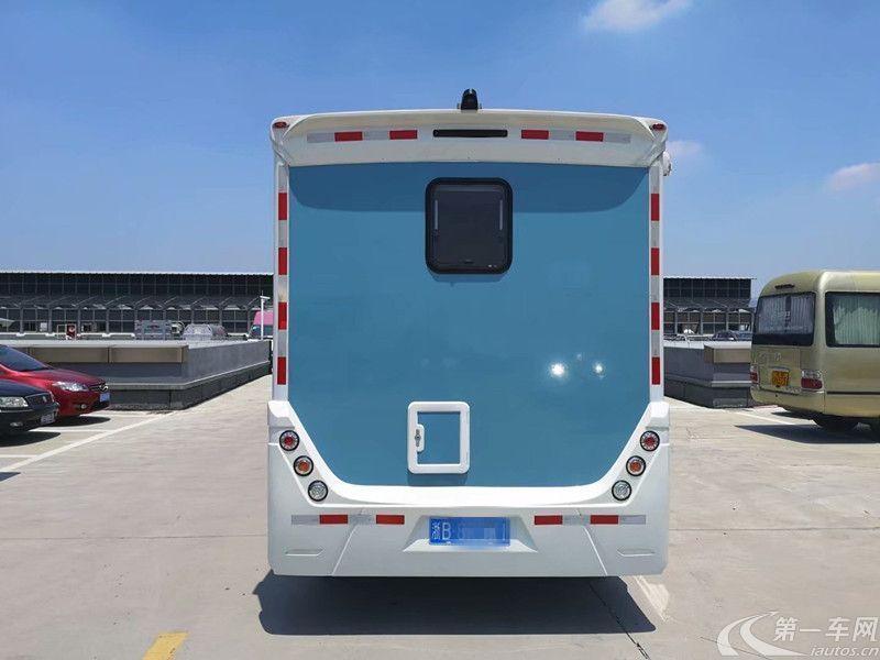 MAXUS大通RV80 2017款 2.5T 自动 前驱 C型豪华版房车 (国Ⅴ)