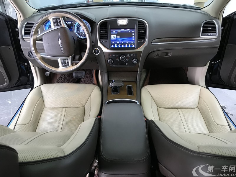 克莱斯勒300C [进口] 2013款 3.6L 自动 尊崇版