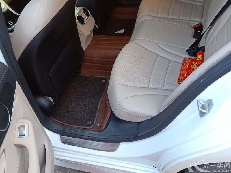奔驰C180L 2015款 1.6T 自动 (国Ⅴ)