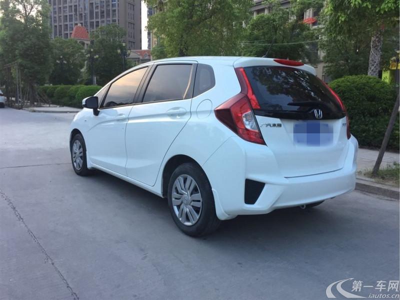 本田飞度 2016款 1.5L 自动 5门5座两厢车 舒适天窗型 (国Ⅴ)