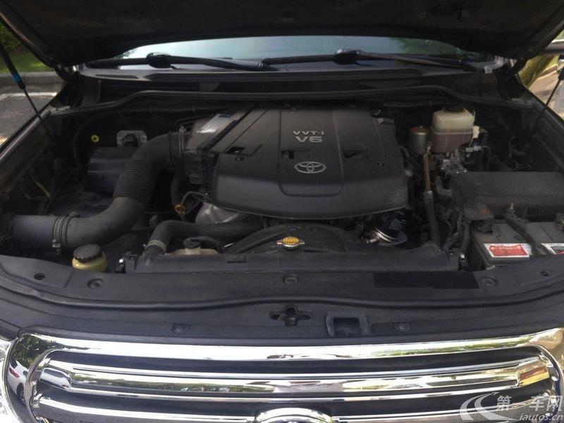 丰田兰德酷路泽 2012款 4.0L 自动 四驱 GX-R (国Ⅴ)