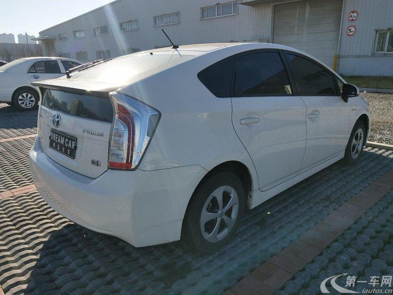 丰田普锐斯 2012款 1.8L 自动 豪华先进型 (国Ⅳ)