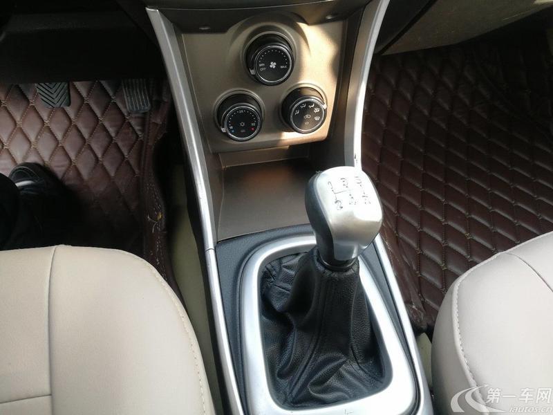 莲花L3 2013款 1.5L 手动 5门5座两厢车 精英型 (国Ⅳ)