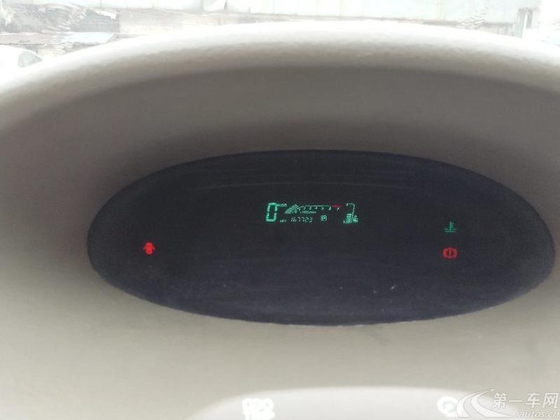 天津一汽威乐 2004款 1.5L 自动 豪华型 (国Ⅱ)