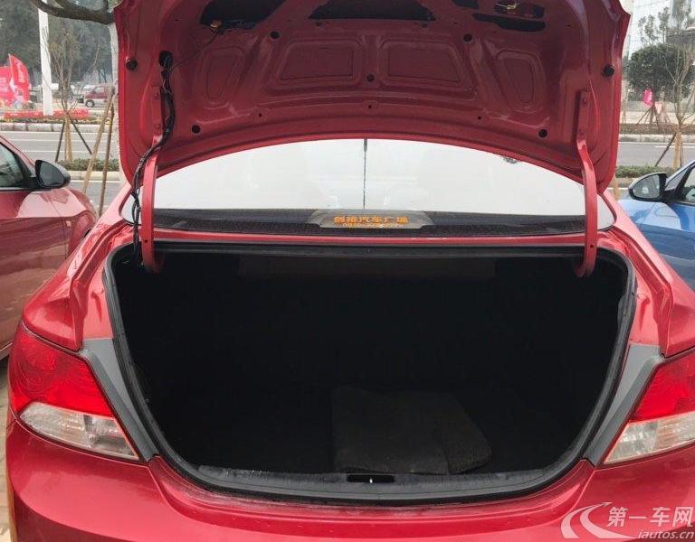 现代瑞纳 2014款 1.4L 手动 4门5座三厢车 智能型GLS (国Ⅳ)