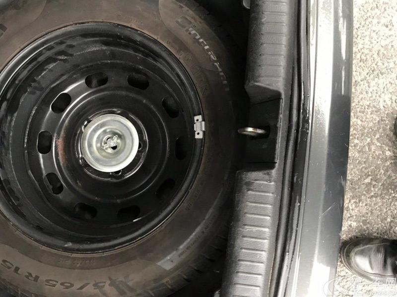 奔腾B50 2009款 1.6L 自动 尊贵型 (国Ⅳ)