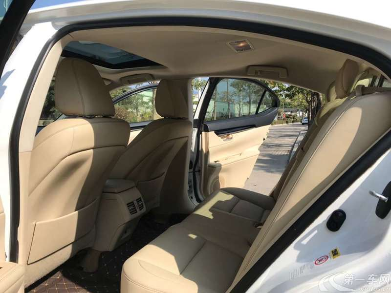 雷克萨斯ES 250 [进口] 2013款 2.5L 自动 典雅版