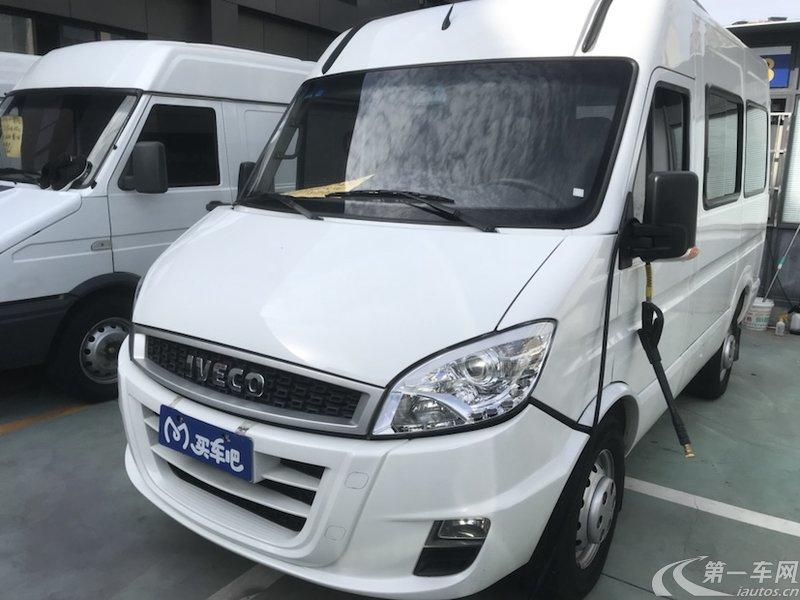 依维柯宝迪 2017款 2.5T 手动 经典客车高顶 (国Ⅴ)