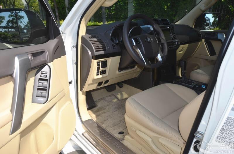 丰田普拉多 2700 [进口] 2016款 2.7L 自动 四驱 阿曼版
