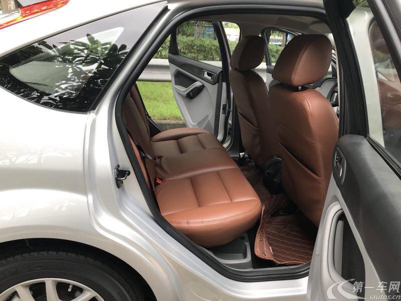 福特福克斯 2012款 1.8L 自动 两厢轿车 经典时尚型 (国Ⅳ)