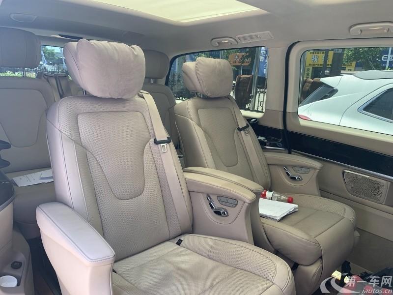 奔驰V级 2017款 2.0T 自动 V260L尊贵加长版 (国Ⅴ)