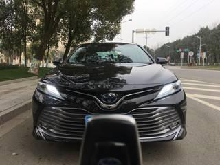 丰田凯美瑞 双擎HQ 2.5L 自动 旗舰版