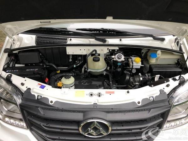 MAXUS迈克萨斯V80 2017款 2.5T 自动 傲运通短轴中顶 (国Ⅴ)