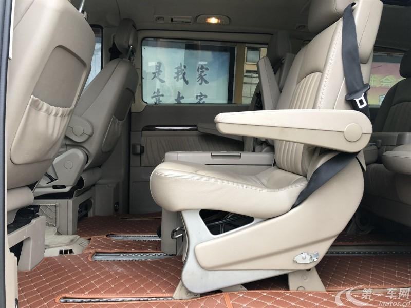 奔驰唯雅诺 2010款 2.5L 自动 7座 汽油 尊贵版 (国Ⅳ)