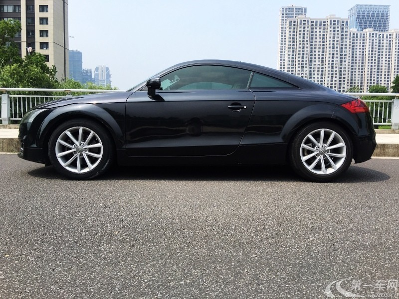 奥迪TT 45 [进口] Coupe 2011款 2.0T 自动 汽油