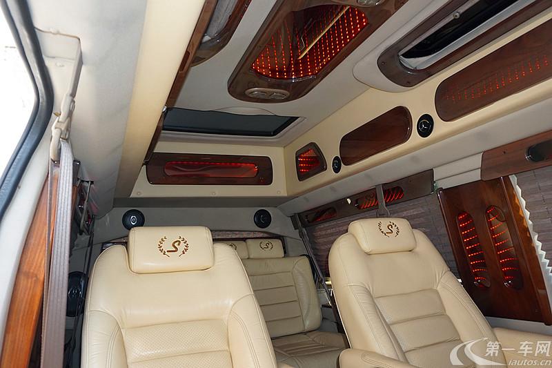 GMCSavana [进口] 2007款 6.0L 自动 10座 皇家级