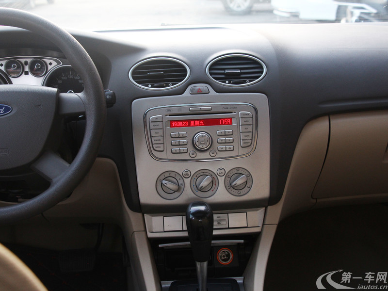 福特福克斯 2009款 1.8L 自动 两厢轿车 时尚型 (国Ⅲ带OBD)