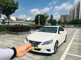 丰田锐志 2.5L 自动 V风尚豪华导航版