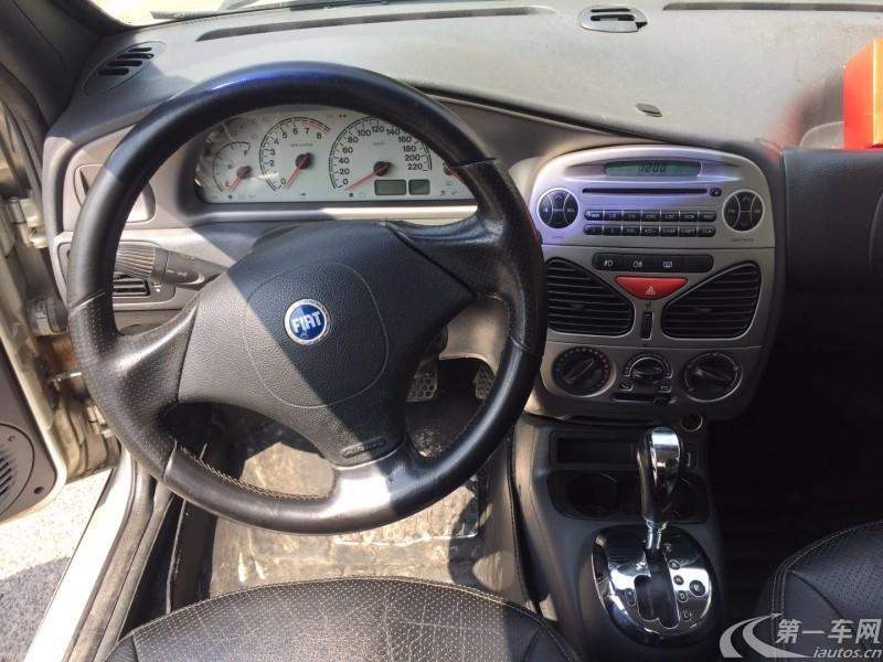 菲亚特西耶那 2003款 1.3L 自动 Speedgear (国Ⅱ)