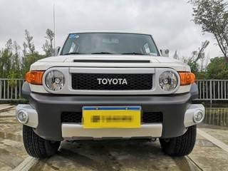 丰田FJ酷路泽 4.0L 自动 中东版平行进口