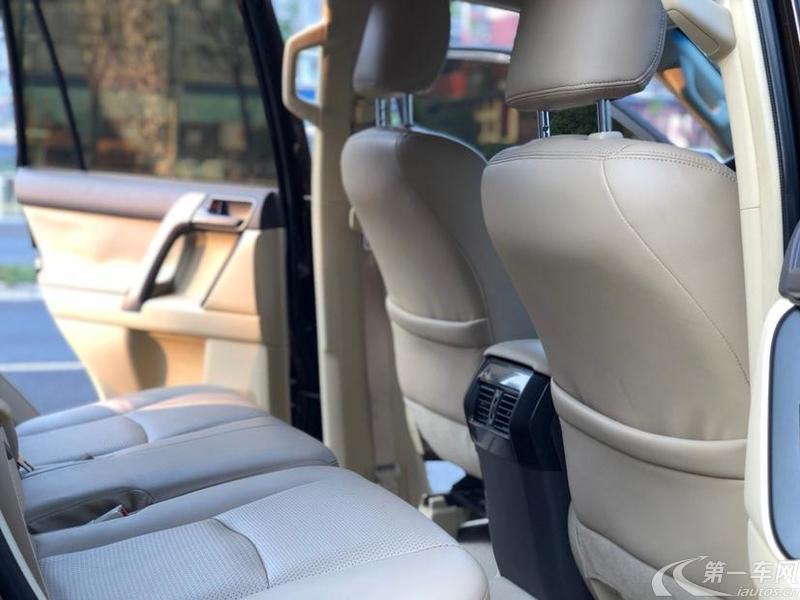 丰田普拉多 2016款 2.7L 手动 四驱 手动版 (国Ⅴ)