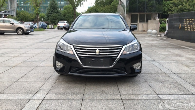 丰田皇冠 2015款 2.5L 自动 精英版 (国Ⅴ)