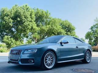 奥迪S5 Coupe 4.2L 自动