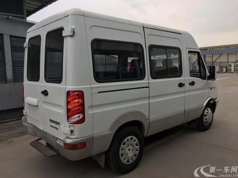 依维柯宝迪 2014款 2.5T 手动 客货两用高顶 (国Ⅳ)