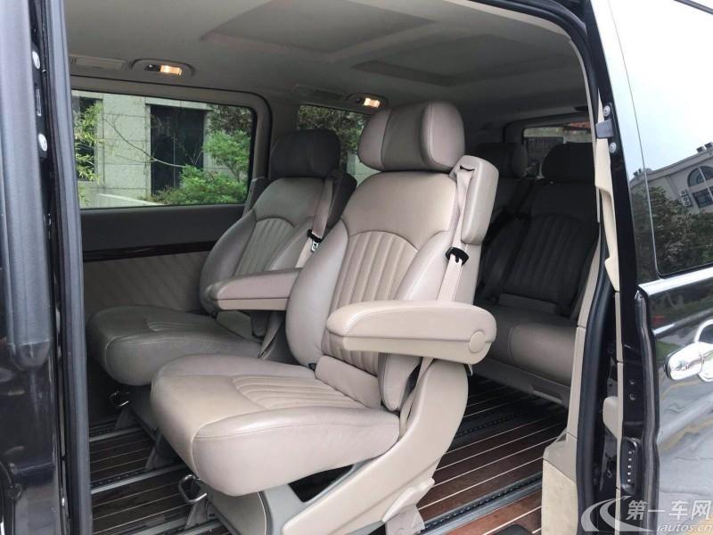 奔驰唯雅诺 2015款 3.0L 自动 7座 汽油 合伙人版 (国Ⅴ)