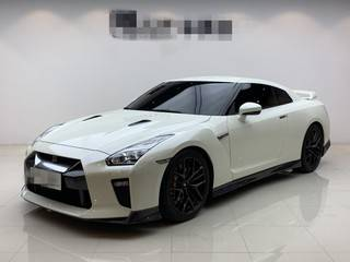 日产GT-R 3.8T 自动 旗舰版