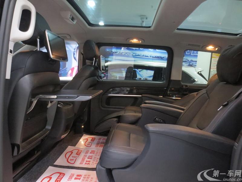 奔驰V级 2017款 2.0T 自动 V260领航版 (国Ⅴ)
