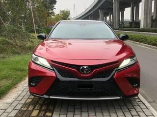 丰田凯美瑞 运动S 2.5L 自动 锋尚版