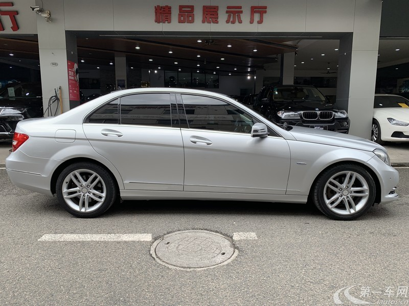 奔馳C級 C260 2011款 1.8T 自動 時尚型 (國Ⅳ)
