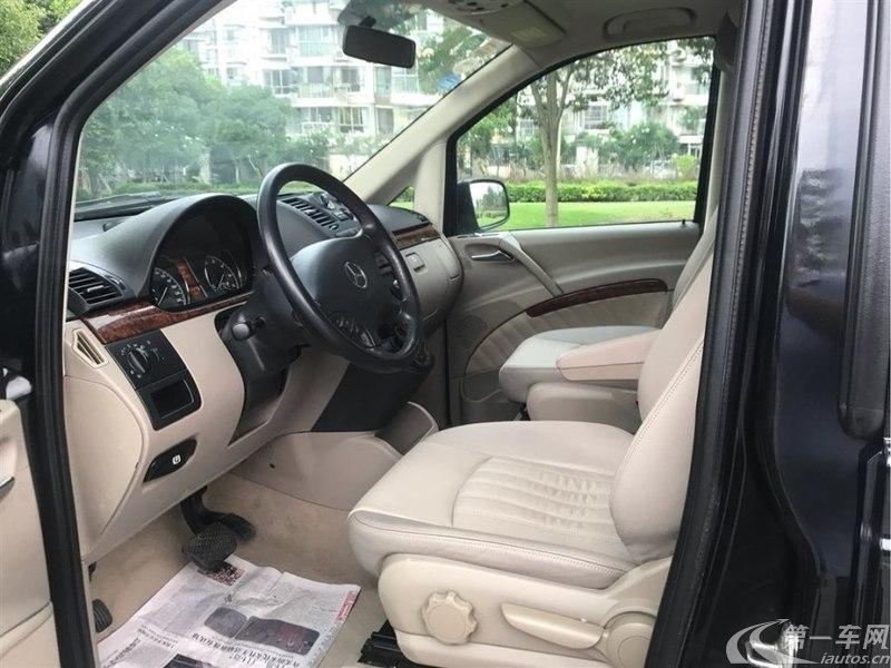 奔驰唯雅诺 2013款 3.0L 自动 7座 汽油 舒适版 (国Ⅳ)