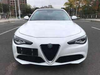 阿尔法罗密欧Giulia 2.0T 自动 精英版
