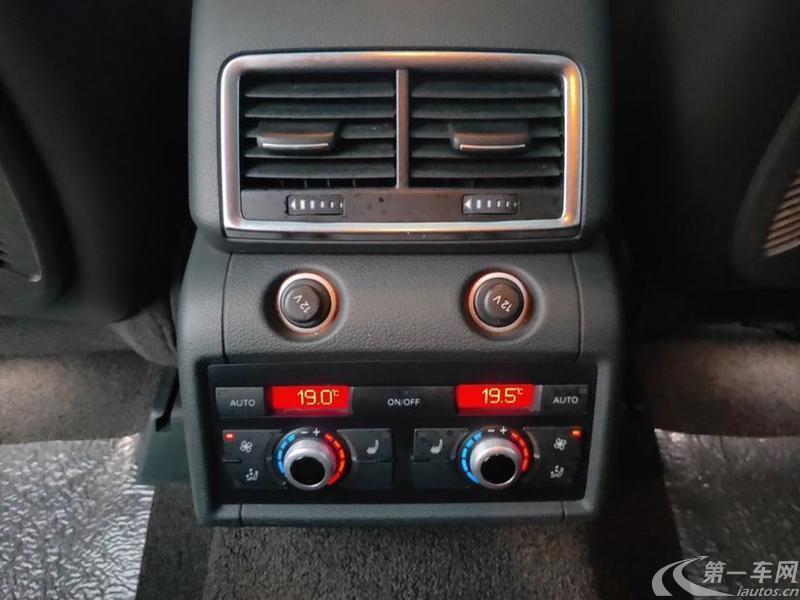 奥迪Q7 35 [进口] 2015款 3.0T 自动 运动型