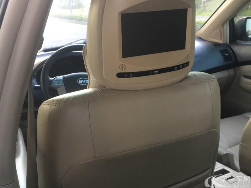 比亚迪S6 劲悦版 2013款 2.4L 自动 前驱 尊荣型 (国Ⅳ)