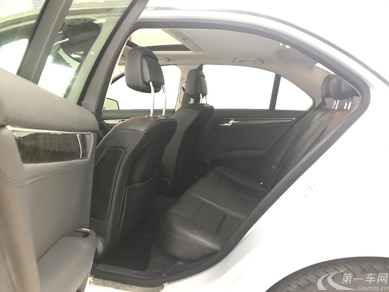 奔驰C级 C200 2010款 1.8T 自动 时尚型 (国Ⅳ)