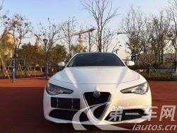 阿尔法罗密欧Giulia [进口] 2017款 2.0T 自动 豪华运动版