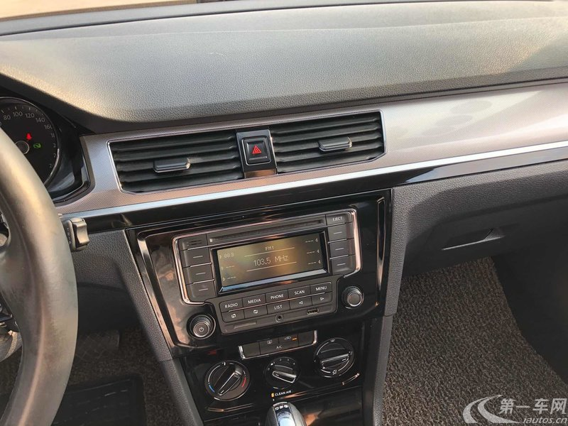大众宝来 2016款 1.4T 自动 4门5座三厢车 230TSI舒适型 (国Ⅴ)