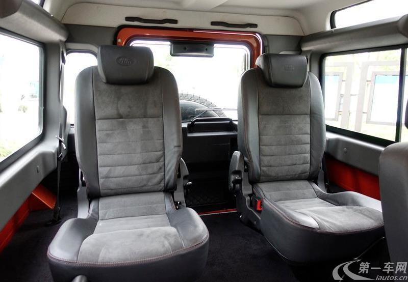 路虎卫士 [进口] 2010款 2.4T 手动 四驱 柴油 冰火限量版冰版