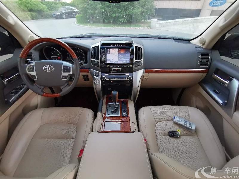 丰田兰德酷路泽 2012款 4.6L 自动 四驱 VX-R (国Ⅳ)