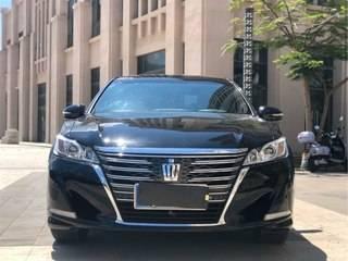 丰田皇冠 2.5L 自动 行政版