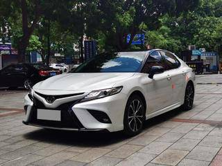 丰田凯美瑞 S 2.5L 自动 锋尚版