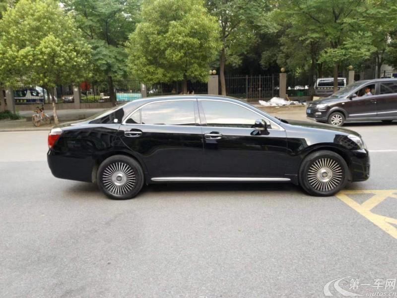 丰田皇冠 2012款 2.5L 自动 Royal-Saloon尊贵版 (国Ⅳ)