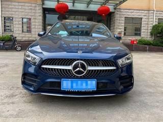 奔驰A200L 1.3T 自动 运动轿车版