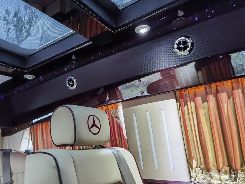奔驰威霆 2013款 3.0L 自动 9座 汽油 精英版 (国Ⅴ)